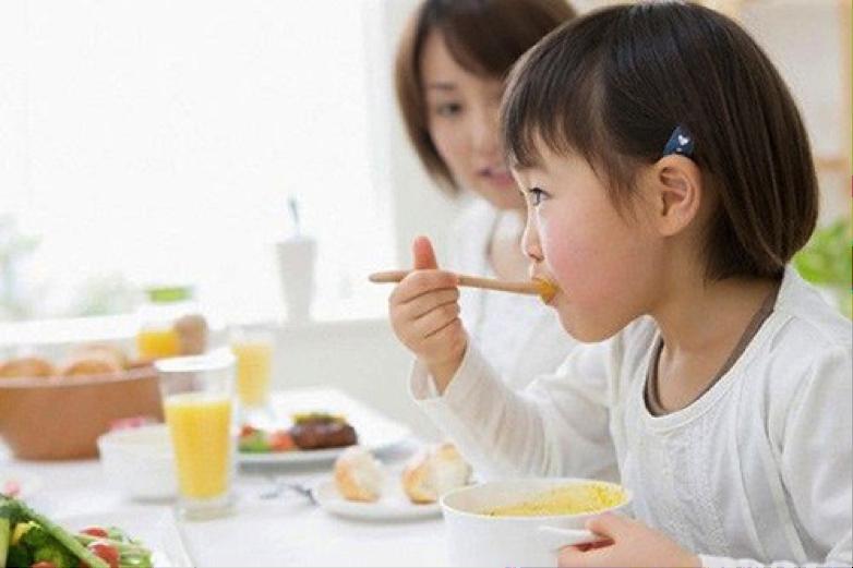 Bí quyết chăm sóc trẻ em một cách hợp lý vào mùa dịch Covid-19