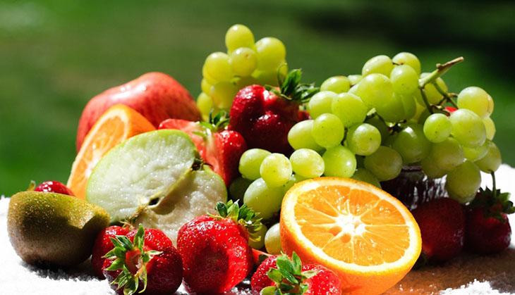 ăn đầy đủ trái cây