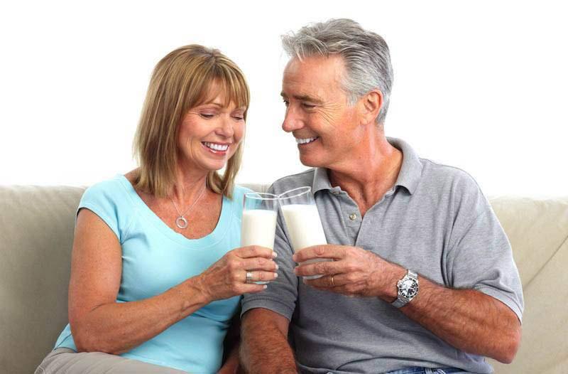 Uống sữa gì