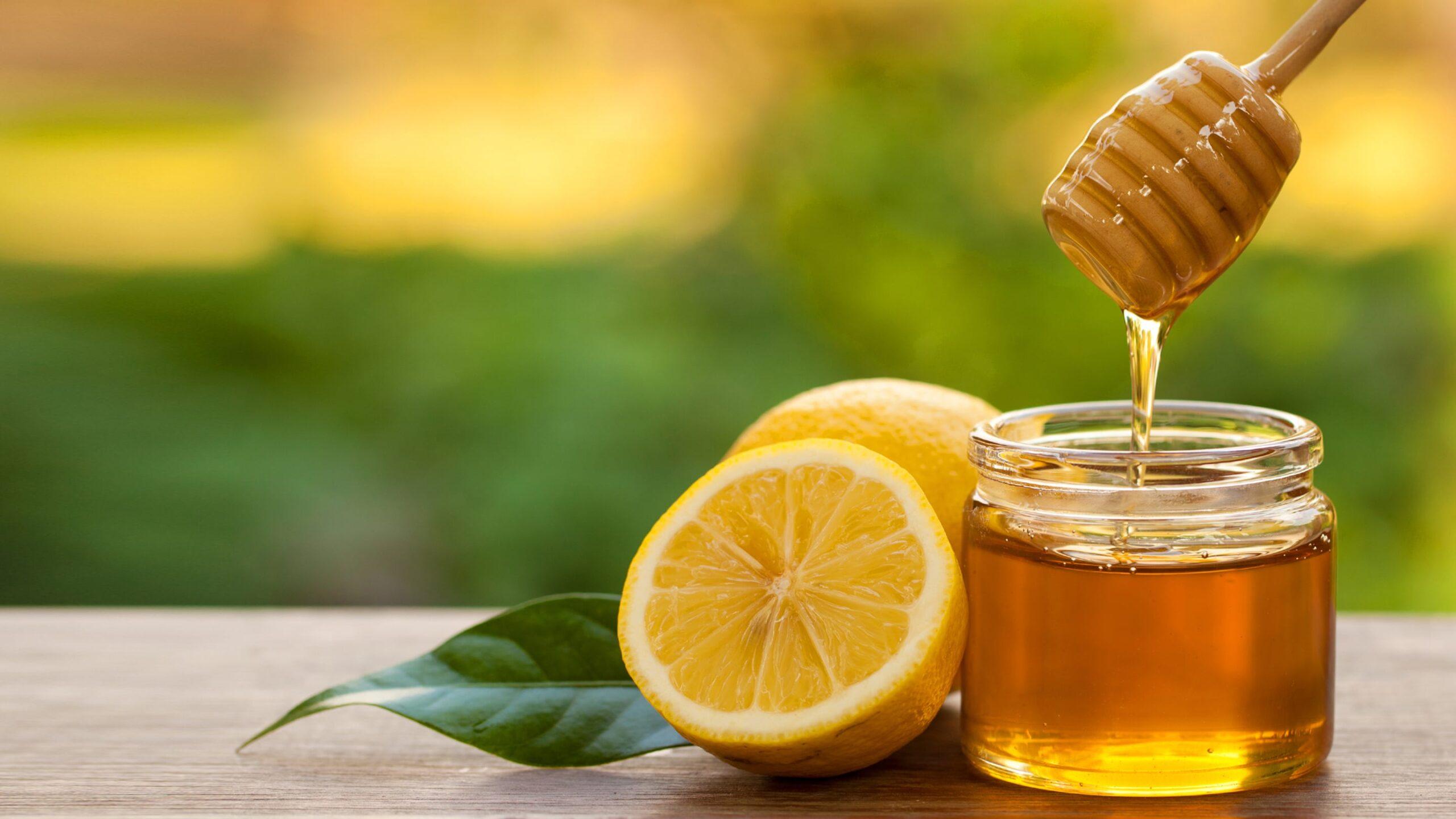 Thực phẩm nguy hiểm đầu tiên không nên cho trẻ ăn là mật ong