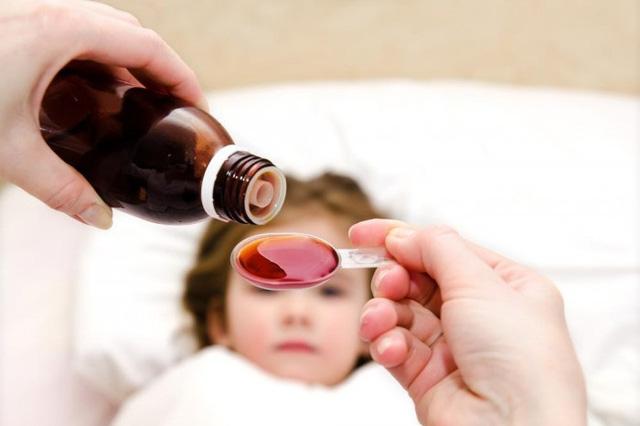 Trẻ em cần uống thuốc bổ