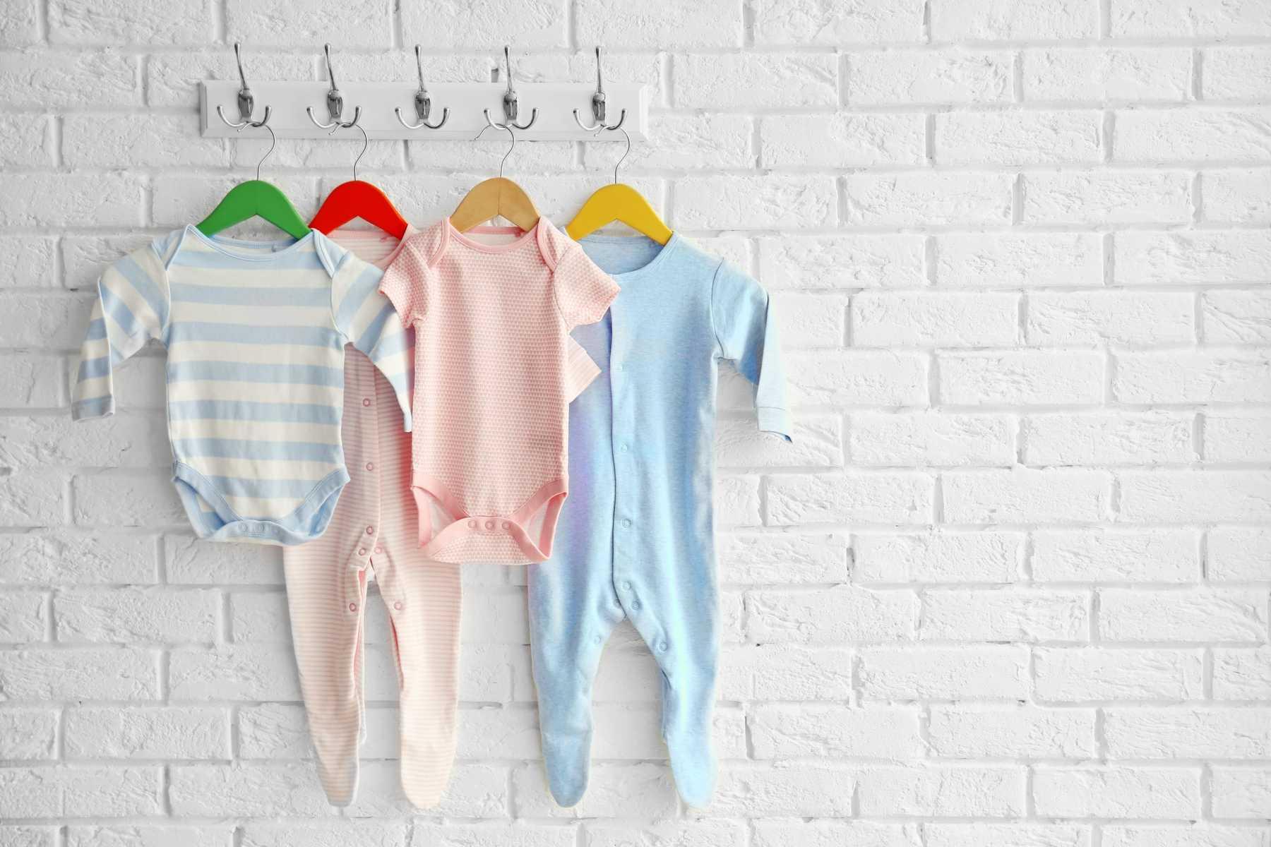Top 5 loại quần áo gây hại đến sức khỏe của trẻ, phụ huynh nên cẩn thận